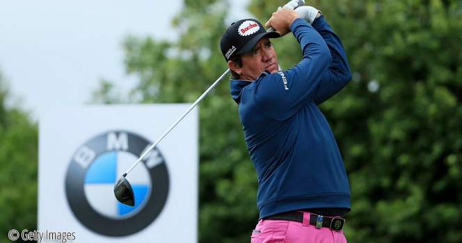Hend makes most of windy conditions to take BMW lead, © Getty Images
