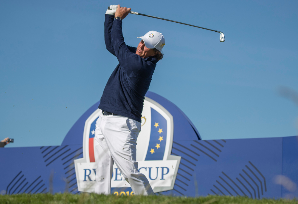 Mickelson fires six straight birdies for an opening 65 at the Safeway Open, © Matthew Harris / TGPL