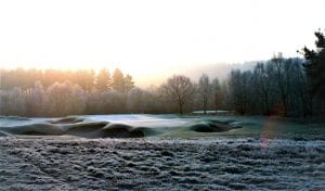 Cold-comfort golf: take it on or the lie-in in winter?