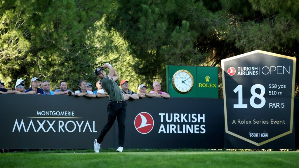 Turkish Airlines Open R1 - Lewis and Schwab share the lead