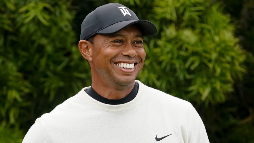 Tiger Woods to be inducted into World Golf Hall of Fame