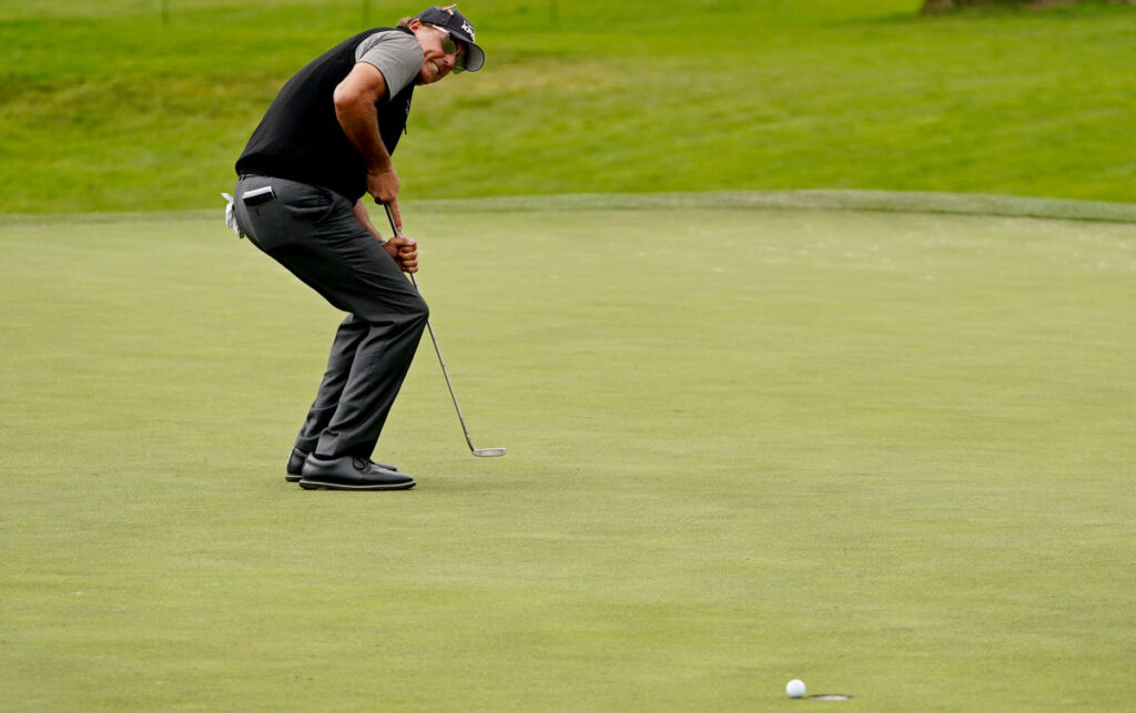 Mickelson among golf's all-time top ten players?