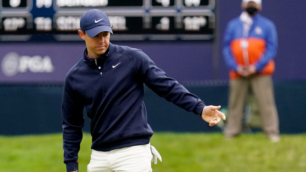 McIlroy praised for fairness in asking for worse lie
