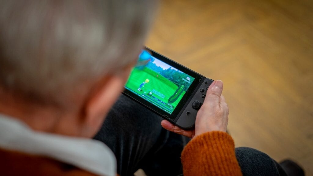 "Gaming brings ""spirit of Augusta"" to Scottish care home"