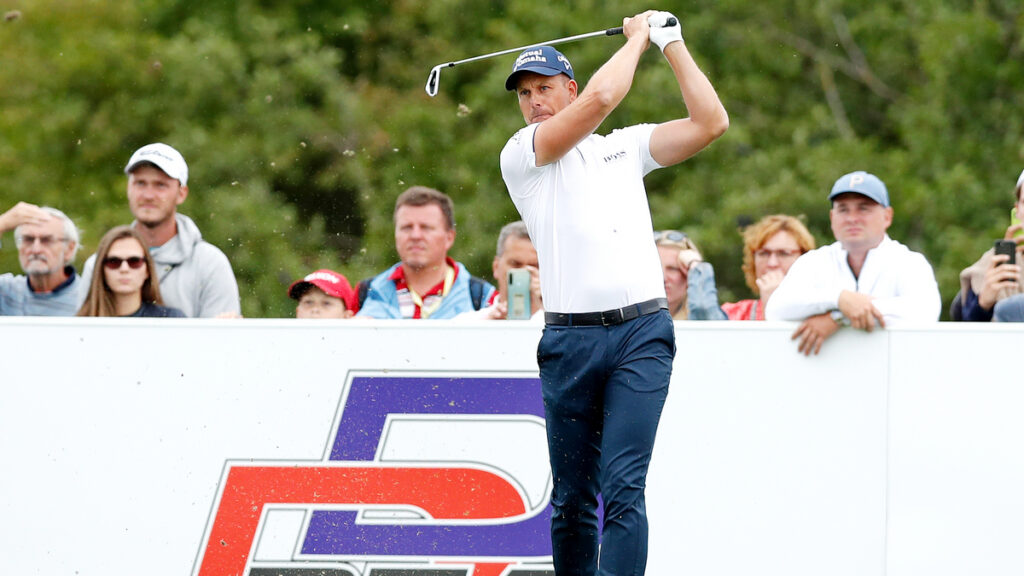 Czech Masters 2021 R1 - Henrik Stenson takes share of the lead in Prague